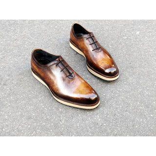 Old model, New sole, custom Brown patina. Nice mix ! . . . #edouarddeseine #esparis #patina #patine #glaçage #shoepolish #shoesoftheday #shoeshine #dandy #shoeglazing #patinashoes